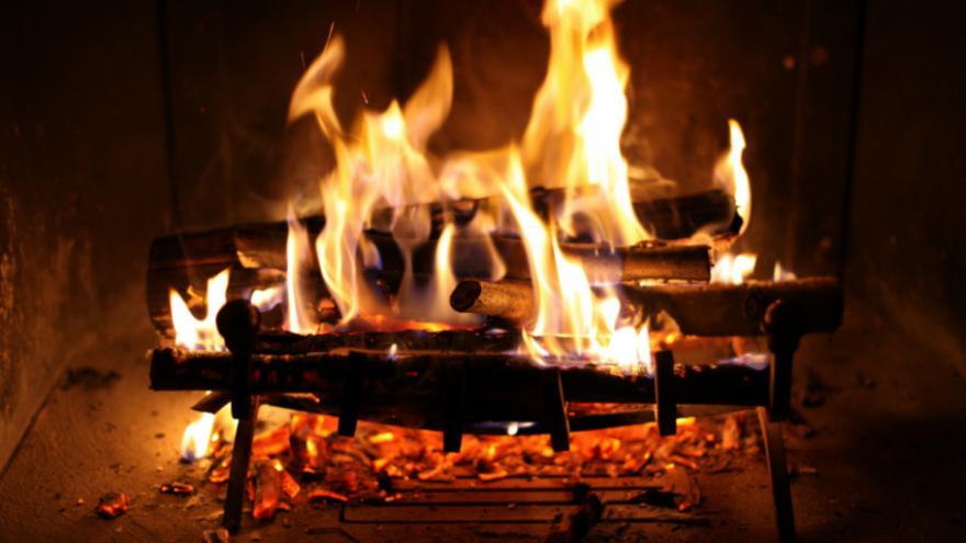 10 fa on de d guster la ch taigne paese di lava village vacances en corse - Image feu de cheminee ...